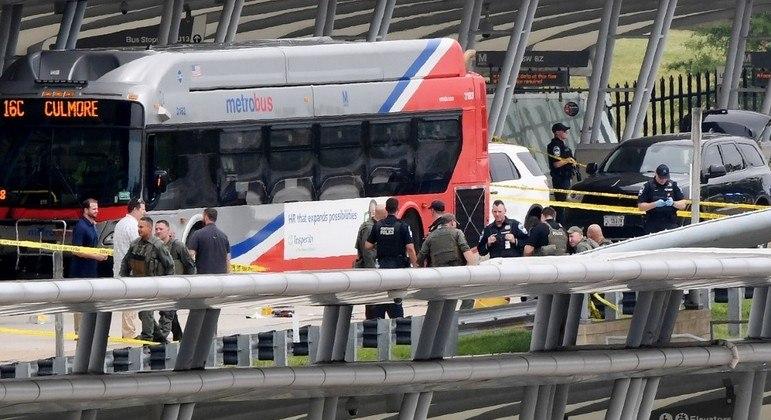 Disparos ocorreram em um terminal de transporte público próximo ao Pentágono