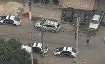 Desde o início da manhã, as viaturas da polícia estiveram nas entradas do Jacarezinho