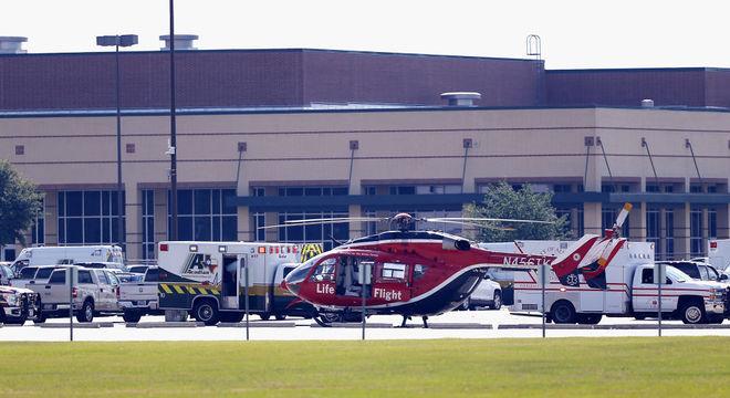 Tiroteio em escola no Texas deixou dez mortos e 13 feridos