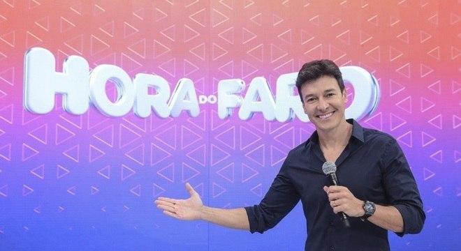 As carreiras de ator e cantor sempre caminharam juntas na vida de Rodrigo Faro