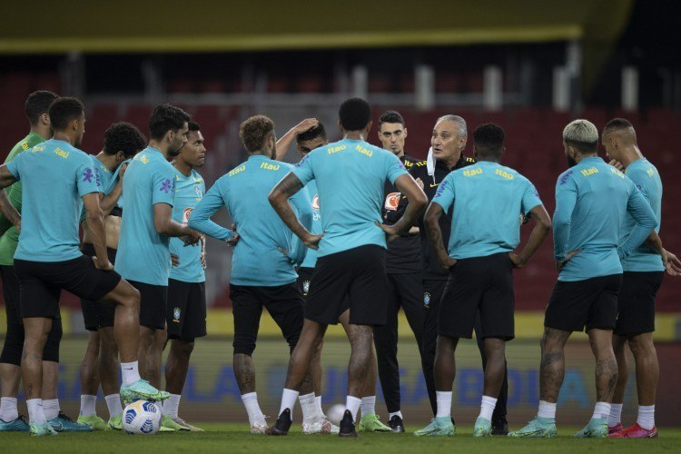 Tite confirmou reunião com os atletas e o presidente da CBF. Time não quer disputar a Copa América
