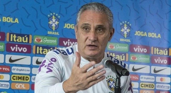 Tite disse que acredita que o campeonato devia pausar em data Fifa
