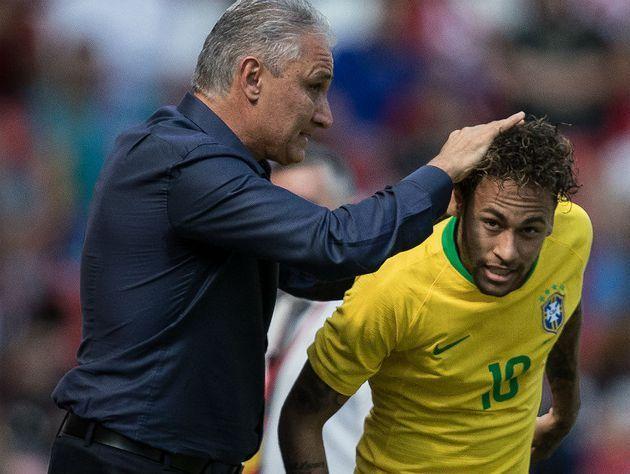 Tite não vai abrir mão de Neymar. Quer usar a Copa América para formar o time da Copa
