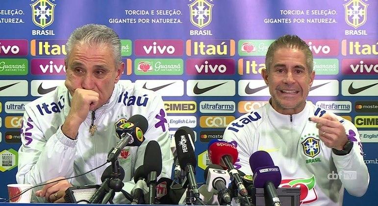Sylvinho foi cinco anos auxiliar de Tite. Preferiu o Lyon, onde fracassou, à Seleção Olímpica
