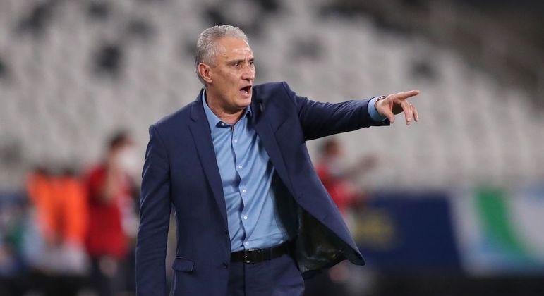 Tite admite busca por mudanças no ataque da seleção para jogo contra a Argentina