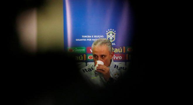 Seleção brasileira, do técnico Tite, esteve escondida do público em 2018