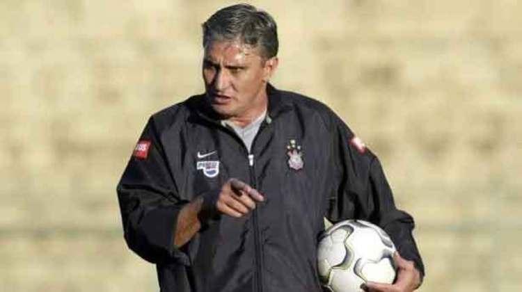 Tite - Treinou o Corinthians entre maio de 2004 e fevereiro de 2005 - 51 jogos