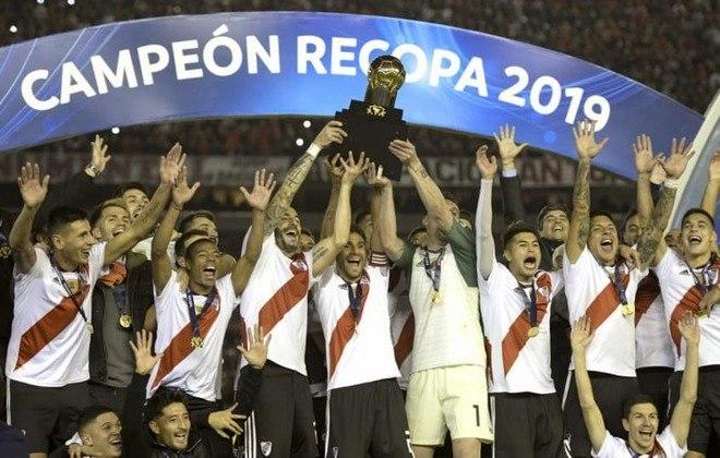 Títulos do River Plate na década: Libertadores (2015 e 2018), Copa Sul-Americana (2014), Recopa Sul-Americana (2015, 2016 e 2019), Copa Suruga (2015), Clausura da Argentina (2014), Série B (2011/2012), Copa do Campeonato Argentino (2014), Copa da Argentina (2015/2016, 2016/2017 e 2018/2019) e Supercopa Argentina (2017 e 2019)