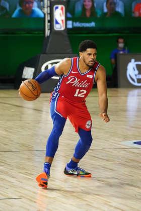 Tobias Harris (Philadelphia 76ers) 7,5 - Harris pecou um pouco nos arremessos, convertendo seis das 15 tentativas, mas compensou em outras áreas, com oito rebotes e oito assistências, além de 15 pontos