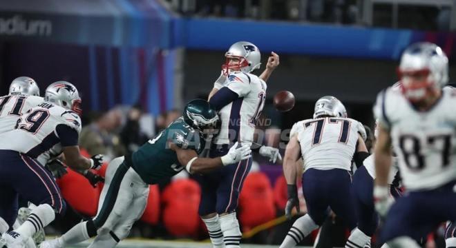 Tom Brady sofreu a terceira derrota na carreira em Super Bowls, na partida que ficou conhecida pelo Philly Special. Brady foi brilhante na partida, apesar da derrota. 505 jardas e 3 TDs.