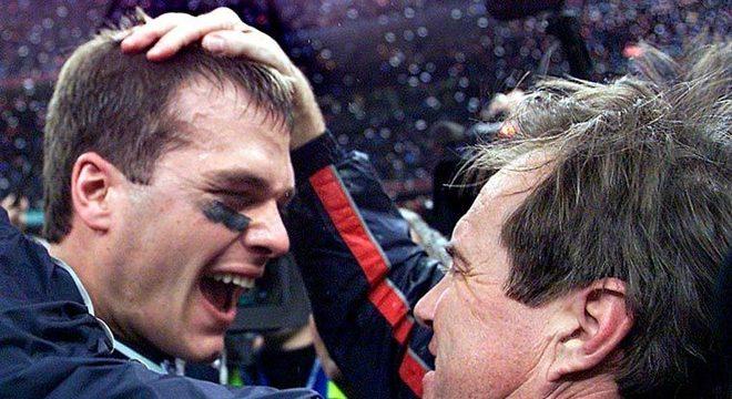 Tom Brady venceu seu primeiro Super Bowl há 19 anos. Na ocasião, passou para 145 jardas e um touchdown. Ele foi eleito o MVP da partida pela NFL.