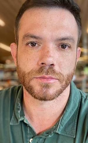 Tom Bueno, da Record TV