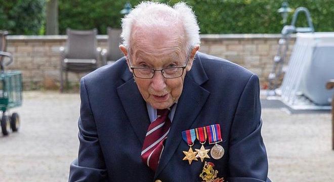 Tom Moore vai ser homenageado pela rainha