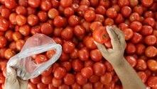 Comprar frutas e legumes da época ajuda a economizar. Veja mais dicas