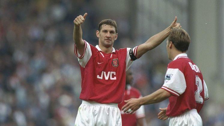 Tony Adams: Entrou na lista dos candidatos, mas não foi escolhido para integrar o Hall da Fama. Clube na Premier League - Arsenal. Posição - Zagueiro