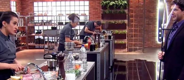 Para elaborar os pratos nível Top Chef, os competidores têm que arriscar nos ingredientes e utensílios!