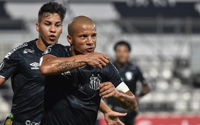 TOP: O Santos venceu o Olimpia por 3 a 2 no Paraguai e garantiu a classificação para a segunda fase da Libertadores por antecipação.