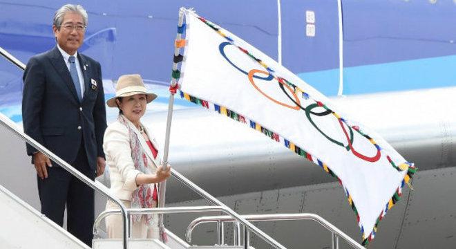 O desembarque da bandeira em Tóquio