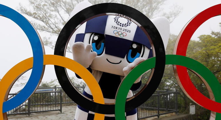 Vacinação prioritária para atletas japoneses causou polêmica na população local