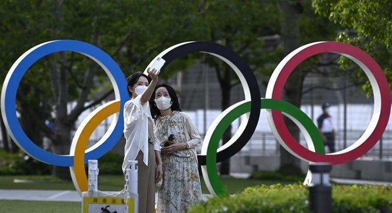 Tóquio bateu recorde de pessoas contaminadas por covid-19 nesta quinta