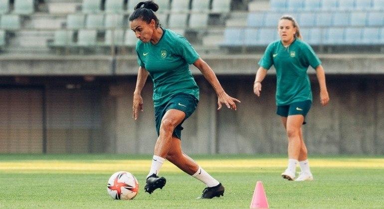 Marta e Andressinha são destaques da seleção brasileira