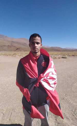 José Alberto, de 25 anos, perdeu serviço por causa do Flamengo