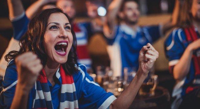 Levantamento recente mostrou que camisa de times da Premier League saiu em média por US$ 68 nesta temporada