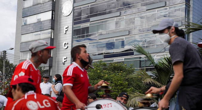 Colombianos chegaram a protestar na sede da federação contra Copa América