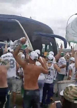 Palmeiras pega River Plate na terça