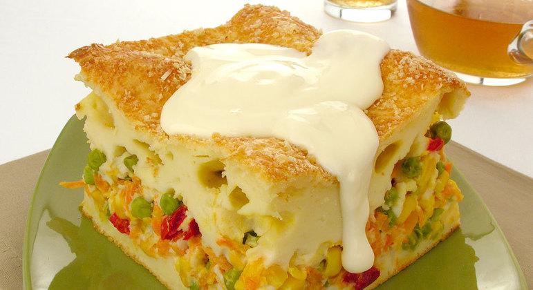 Torta de legumes com requeijão