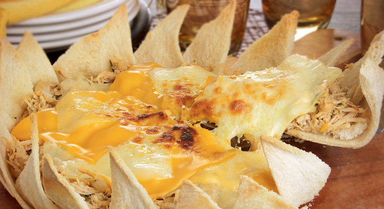 Torta de pão de frango com queijo
