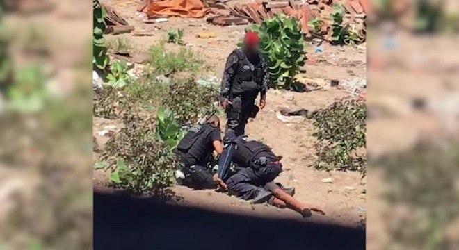Policiais torturam jovem em Fortaleza, no Ceará