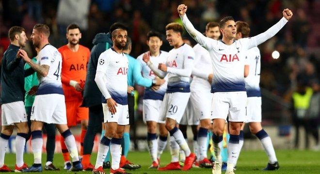 Tottenham, a celebração da passagem às oitavas