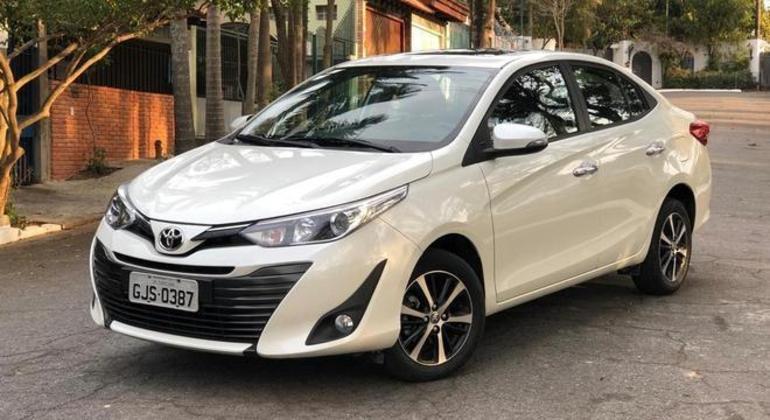 Toyota Yaris Sedã 1.5 XLS Connect CVT será vendido por R$ 95.666