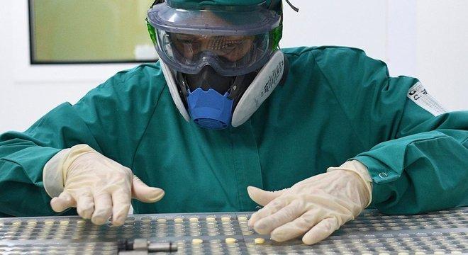 O favipiravir tem limitações. Mas ´cada vez temos melhores ferramentas para gerar melhores medicamentos´, disse Arias