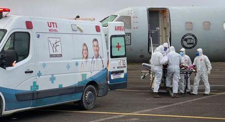 Devido a lotação dos hospitais do Amazonas, pacientes em tratamento contra a doença tiveram que ser transferidos para outros estados