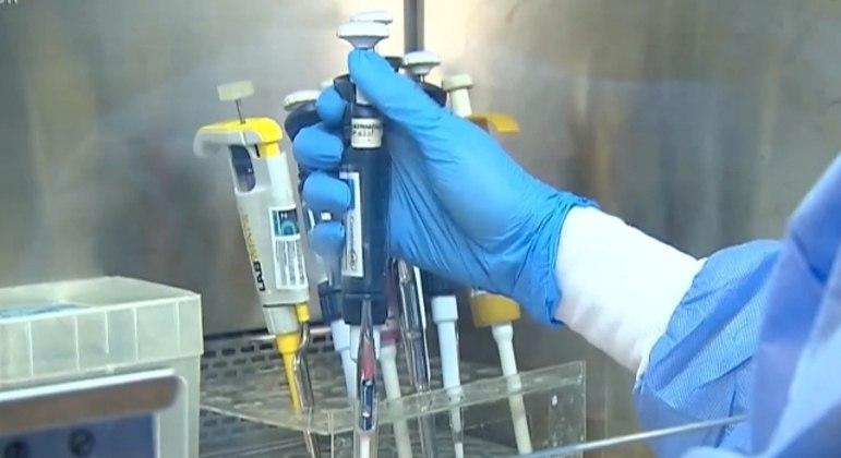 Governo de SP anuncia criação de rede de transfusão de plasma para pacientes com covid