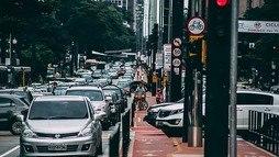 Com aumento da frota, trânsito ainda é o vilão da qualidade do ar (Pixabay)