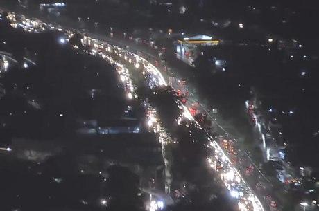 Rodovias de MG têm transito lento nesta sexta (30)
