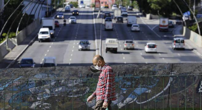 Fluxo de veículos aumentou na capital paulista
