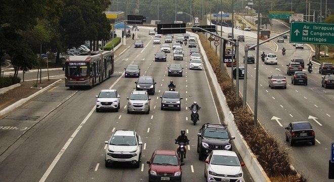 Donos de veículos poderão prorrogar pagamento do IPVA em SP