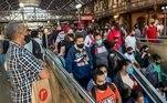 Especialistas sugerem a ampliação de frotas e horários, diminuição de intervalo de espera pelos trens e, durante os períodos mais críticos da pandemia, mais restrições das atividades econômicas