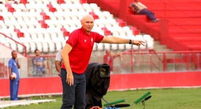 Treinador destacou o empenho da diretoria alvirrubra para conseguir trazer por empréstimo o antigo prata da casa, que estava no Flamengo