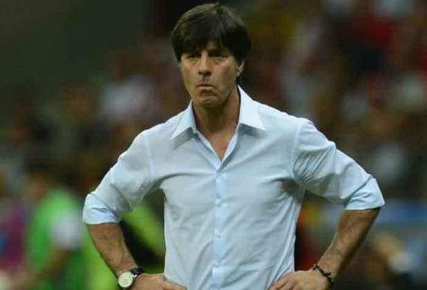 Treinador mais longevo da Eurocopa, Joachim Low comanda a Alemanha desde 2006, e conquistou a Copa do Mundo de 2014. A Euro será a última competição do alemão como treinador da seleção