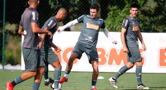Atlético-MG treina forte para tentar a reabilitação na Libertadores