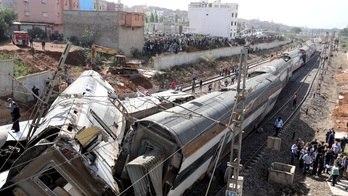 __Trem descarrila, deixa seis mortos e cerca de 80 feridos no Marrocos__ (Reprodução)