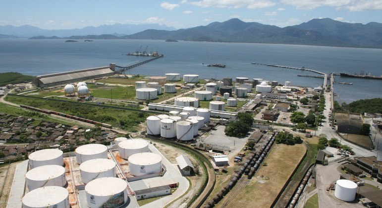 Três terminais do Porto de Paranaguá, no Paraná, devem ser leiloados em 2022