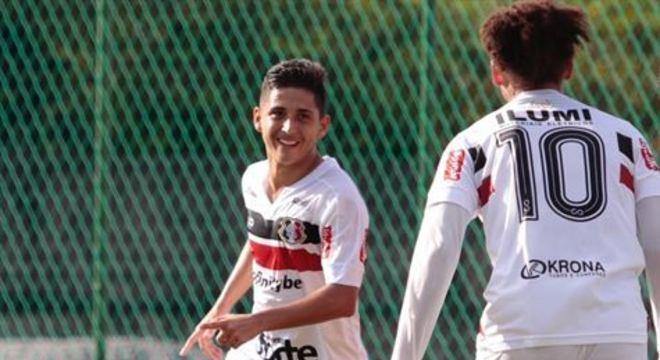 Tricolor bateu o Atletico Pernambucano por 3x0, com gols de Leozinho e Patrick