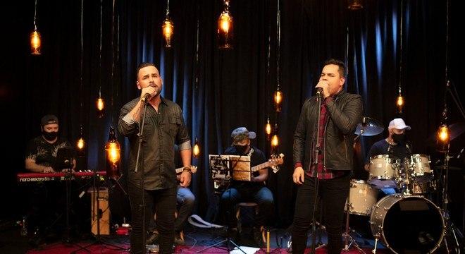 Diego e Ray são autores de muitos hits de sucesso de cantores famosos do sertanejo