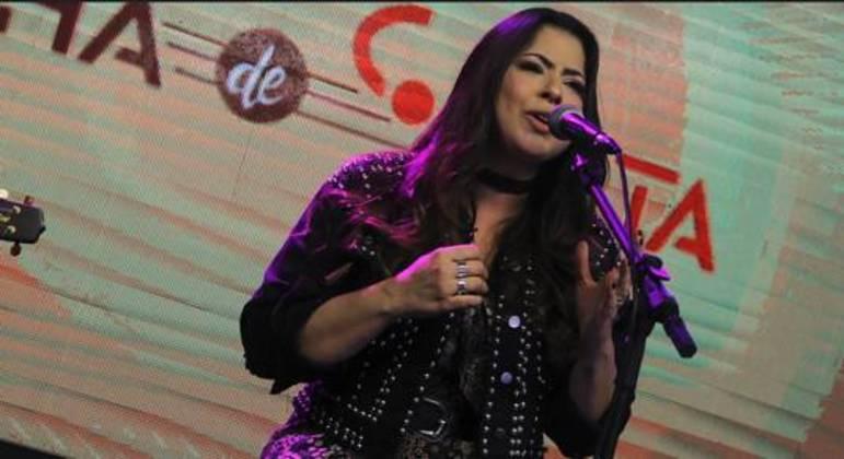 Lidi Lima enviou o vídeo para o Produtor Crystal, quadro do Trilha de Sexta, e foi escolhida para o palco principal
